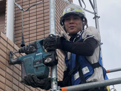 足場工事、建物の事なら株式会社上野架設工業へ